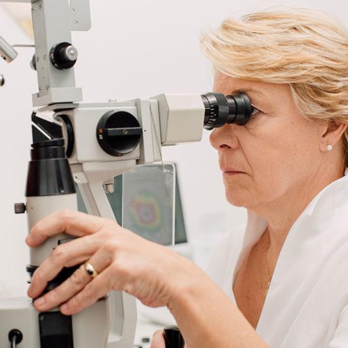 Augenärztin Düsseldorf Innenstadt - Dr. Vogelsang - Diagnostik